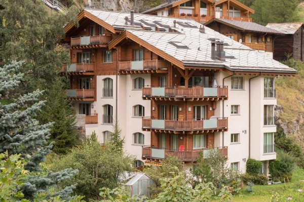 Studio**** ground floor<br>1-2 pax<br>CHF 82 - 193 per night<br>(depending on the season)